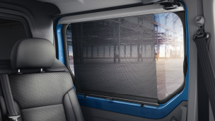 Opel Vivaro - Side Window with Sunblind