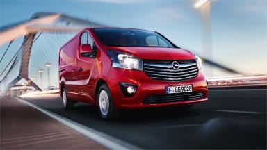 Opel Vivaro – Guruló névjegykártya