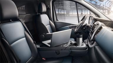 Opel Vivaro - Säilytystilat