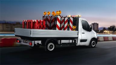 Opel Movano - Fixare universală a panourilor laterale