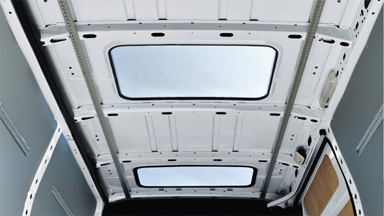 Opel Movano - Dachfenster aus Glas