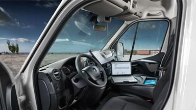 Opel Movano - Armaturenbrett