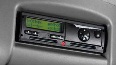 Opel Movano – Digitális tachográf