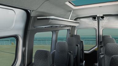 Opel Movano Combi - Kleiderablagen
