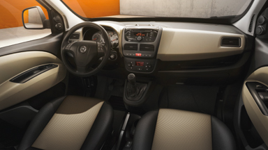 Opel Combo Tour - Dizajn unutrašnjosti