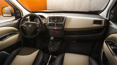 Opel Combo Tour – Вътрешен дизайн