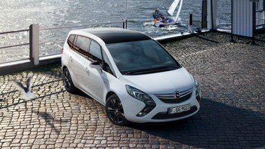 Opel Zafira Tourer - Black Roof Design Edition