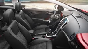 Opel Astra GTC - Sport Дизайн Интерьера