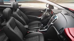 Opel GTC intérieur design modèle Sport Pack
