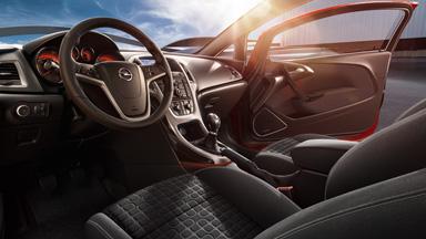 Opel Astra GTC - salona dizains