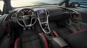 Opel Astra GTC – Внатрешен дизајн BiTurbo