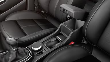 Opel GTC - intérieur rangement détail