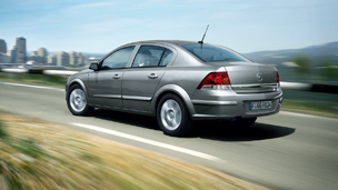 Opel Astra - Двигатели