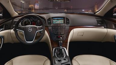 Opel Insignia hatchback - Stylistyka wnętrza