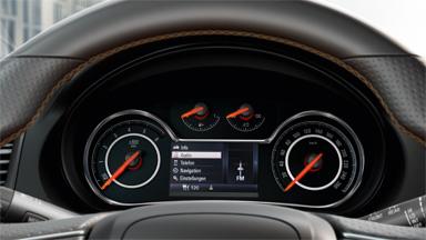 Opel Insignia notchback - Centru de informații pentru șofer cu ecran de 4,2 inch