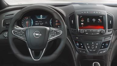 Opel Insignia notchback - Comenzi pe volan