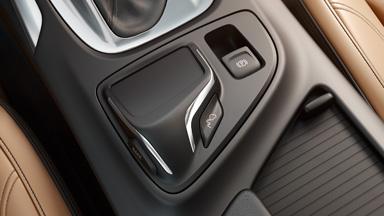 Opel Insignia notchback - Frâna de parcare electrică