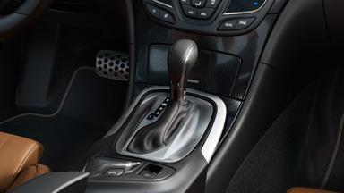 Opel Insignia седан – трансмисии