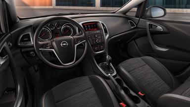 Opel Astra sedan - Wersja Active