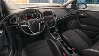 Opel Astra sedan - drive! Unutrašnji dizajn