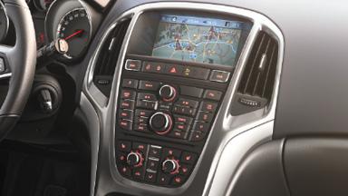 Opel Astra седан — дизайн интерьера