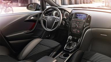 Opel Astra Sedan - Stylistyka wnętrza