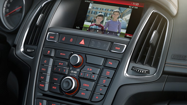 Opel Cascada - Infotainment System